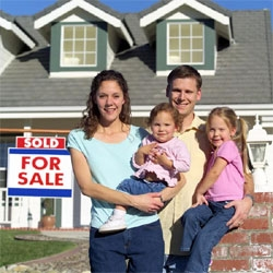 Family with Home for Sale Sign FSBO Virginia Flat Fee MLS Listings
